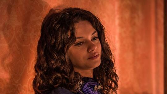 Leonor é desprezada por Afrânio e sofre nas mãos do marido