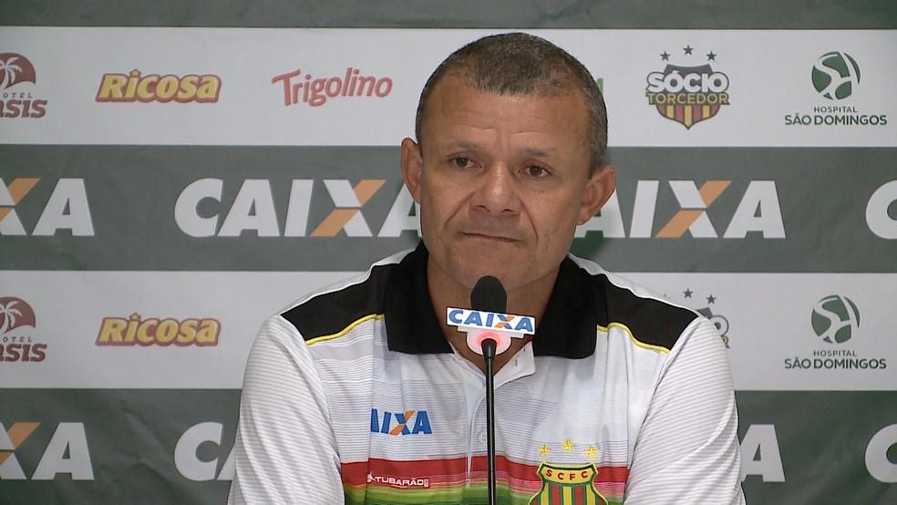 Técnico Marcinho Guerreiro deixa o Sampaio — Foto: Reprodução / TV Mirante