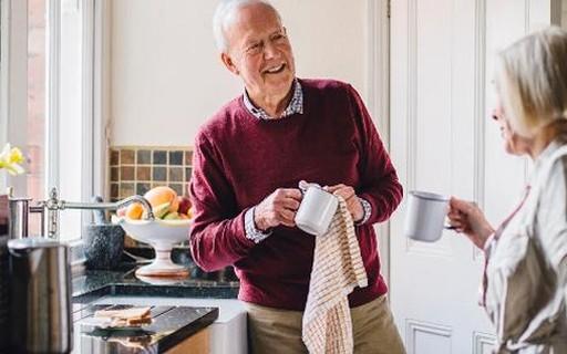 Cuidados para garantir a segurança em casas com idosos - Casa e ...