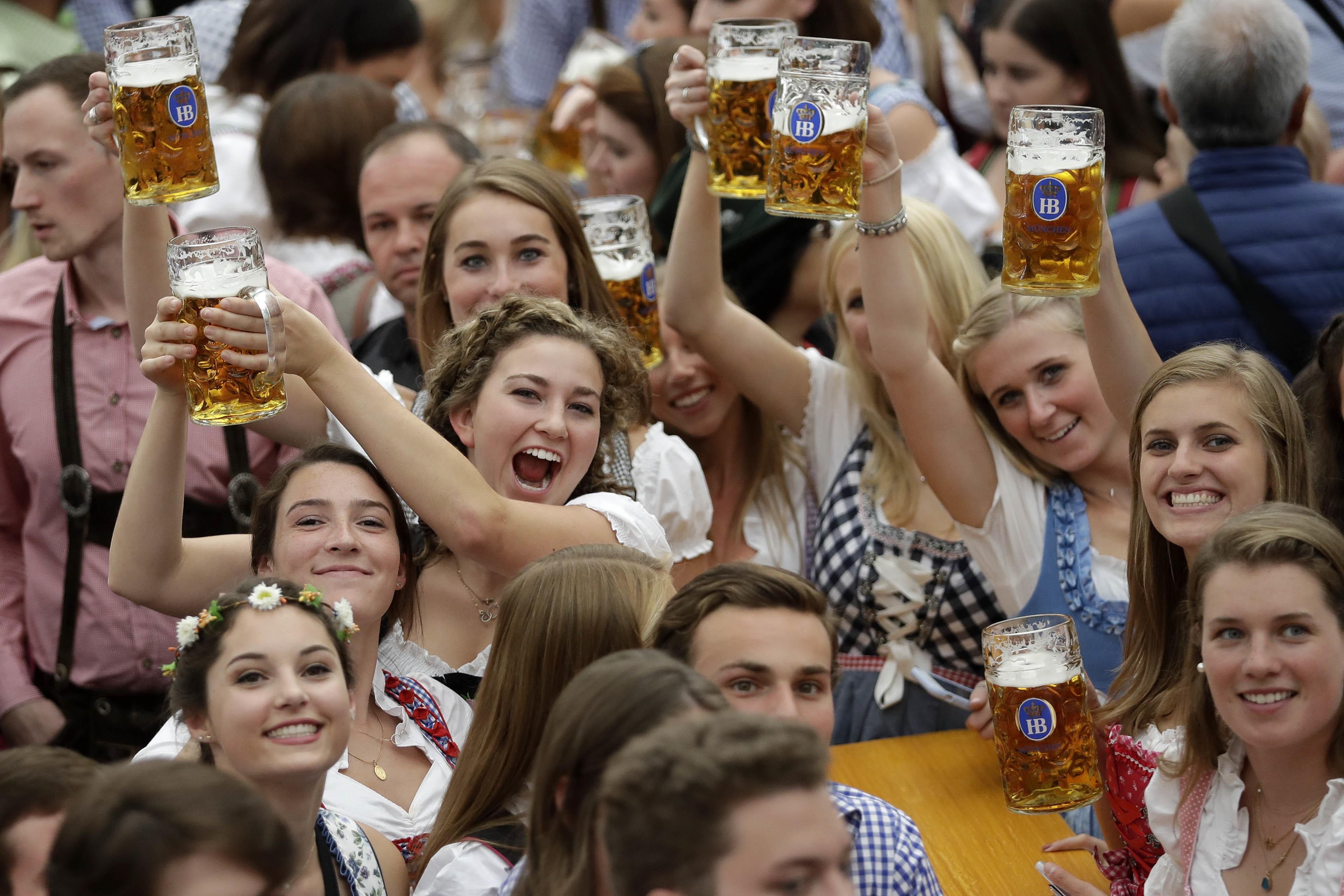 185ª Oktoberfest começa em Munique e espera receber 6 milhões de visitantes