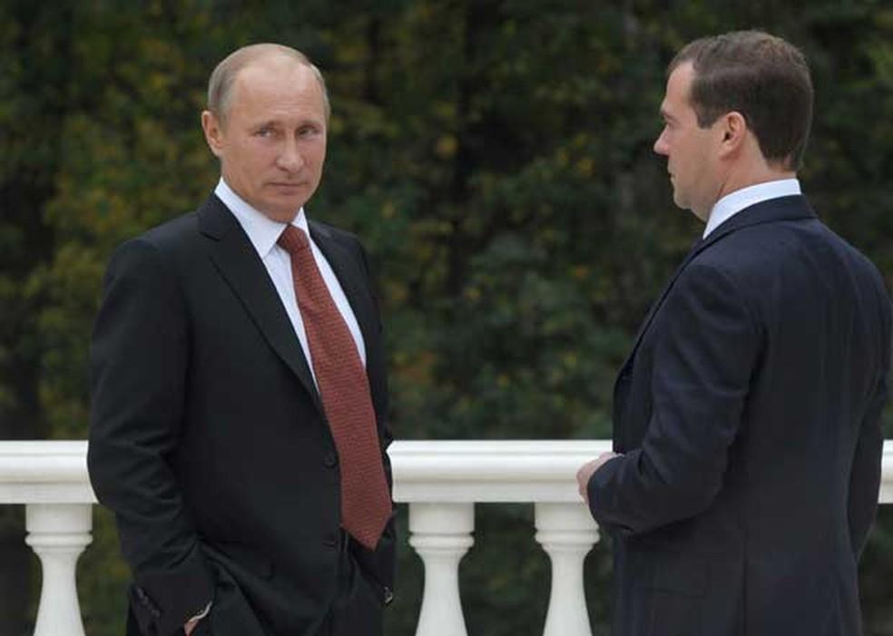 Presidente da Rússia Vladimir Putin e primeiro-ministro Dmitry Medvedev  (Foto: AFP)