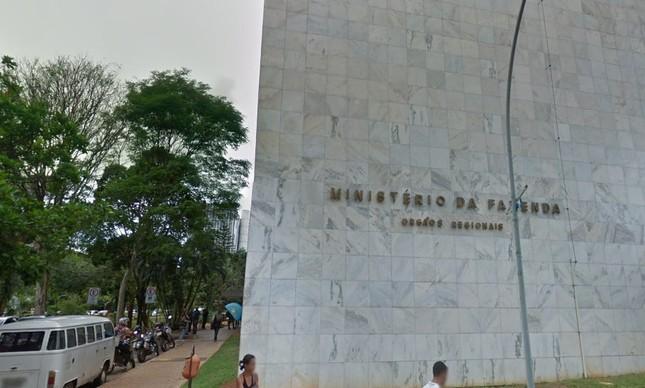 Fachada da sede do Ministério Fazenda, em Brasília, responsável pela Receita Federal