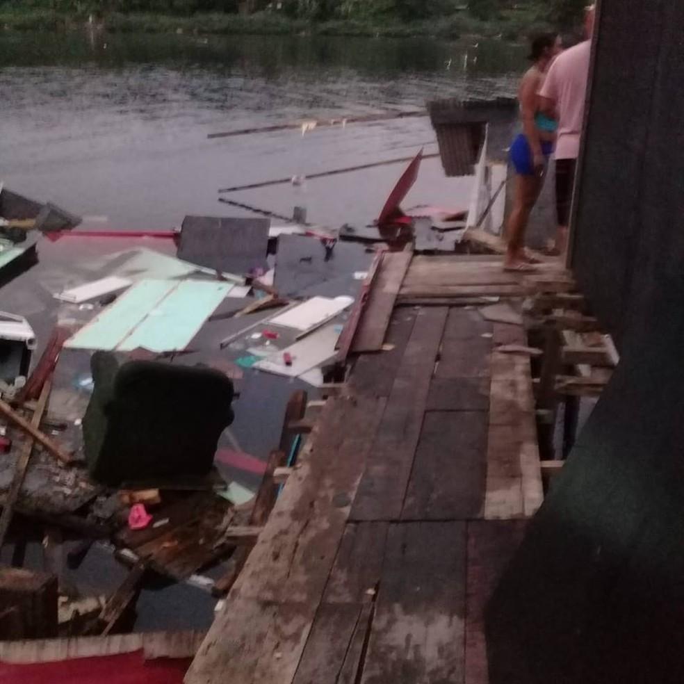 Moradias desabaram e moradores não conseguiram recuperar nenhum móvel em Cubatão (SP) — Foto: Reprodução/Cubatão Mil Grau