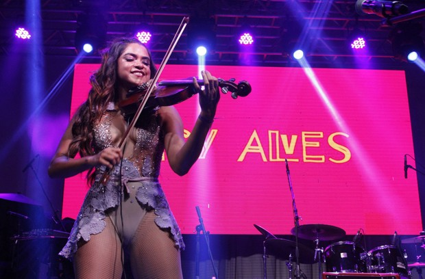 Lucy Alves (Foto: Thyago Andrade/Brazil News)