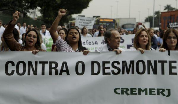Quarta passada, médicos e enfermeiros protestaram no Hospital de Bonsucesso contra o ministro Ricardo Barros