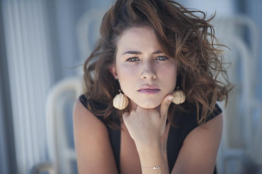 Laryssa Ayres estreou na TV em Flor do Caribe, 2013, e participou de Malhação — Foto: Vinícius Mochizuki