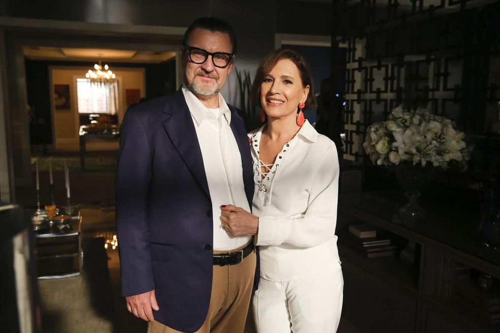 Antonio Calloni e Natália do Vale, como o casal Arnaldo e Kkiki, posam para as lentes do fotógrafo  (Foto: Mauricio Fidalgo/TV Globo)