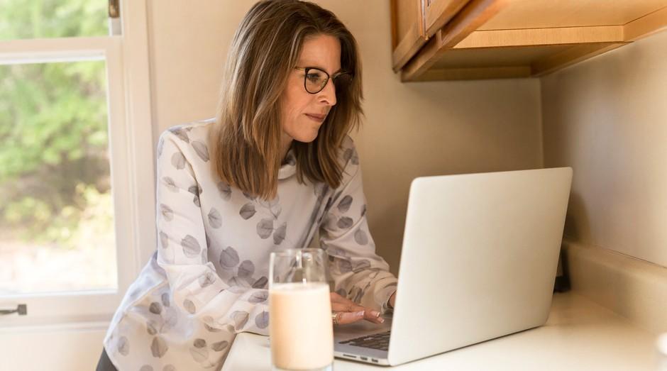 computador, mulher (Foto: Reprodução/Pexels)