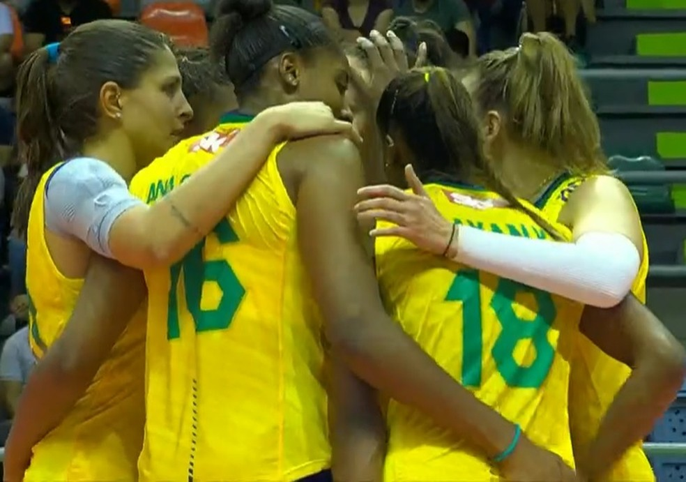 Brasil veneu a terceira no Sul-Americano de vôlei e garantiu vaga no Mundial de 2022 — Foto: Reprodução