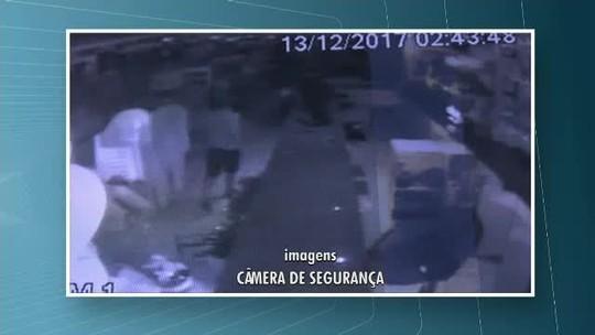 Duas lojas são invadidas durante a madrugada em Rio Branco: 'Segurança falha', diz proprietária