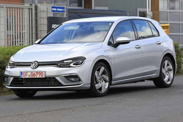 Flagra: Novo Volkswagen Golf (Foto: Automedia)