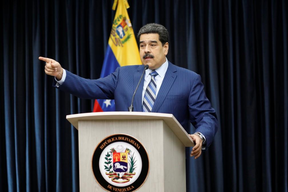 Nicolás Maduro discursa a jornalistas no Palácio Miraflores, em Caracas, Venezuela — Foto: Marco Bello/Reuters