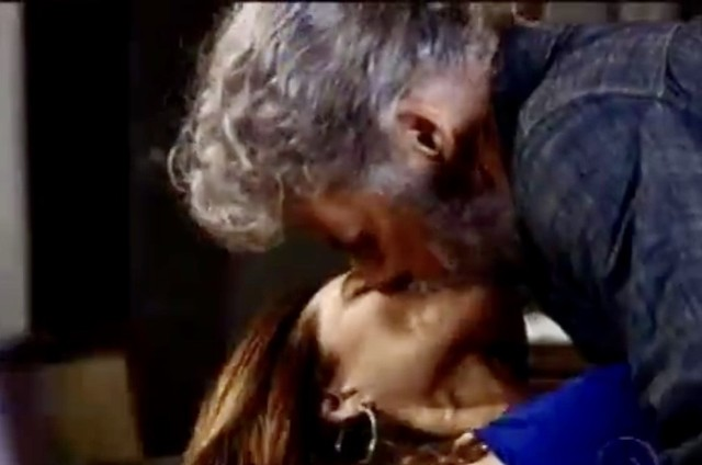 Tereza Cristina (Christiane Torloni) e Pereirinha (José Mayer) (Foto: TV Globo)