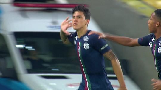 Pedro celebra gol, lamenta empate e agradece apoio da torcida do Fluminense