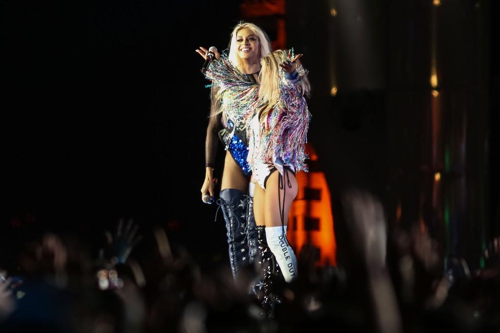 Pabllo Vittar é convidada surpresa de Fergie em apresentação no palco Mundo do Rock in Rio 2017 (Foto: Fábio Tito/G1)