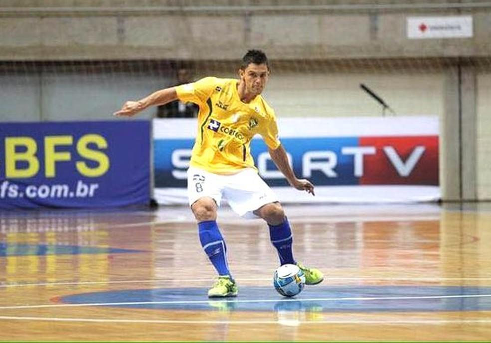 59760ccfe822b Mogi Futsal anuncia acerto com o ala Leandrinho e fecha elenco para ...