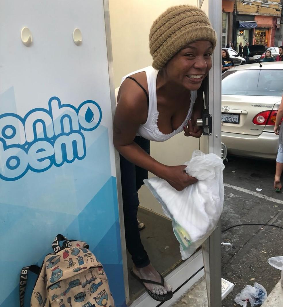 Cabine do 'Banho do Bem' já atendeu moradores de rua em São Paulo (Foto: Arquivo pessoal/ Sidival Dias)