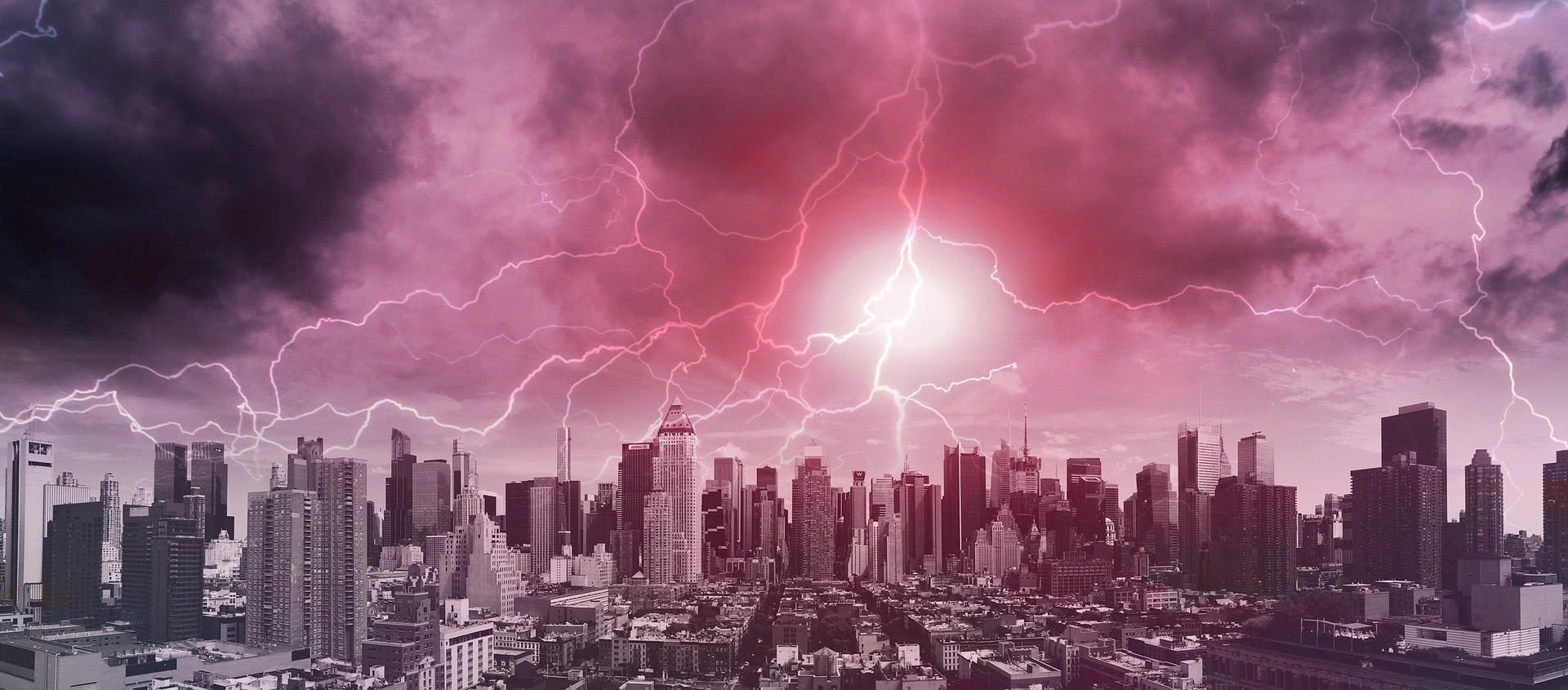 Mudança climática significa não só seca e calor, como tempestades mais intensas. (Foto: Creative Commons / geralt)