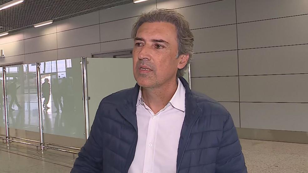 Marcelo Djian afirmou, há uma semana, que confiava no trabalho de Rogério Ceni — Foto: Globo Minas