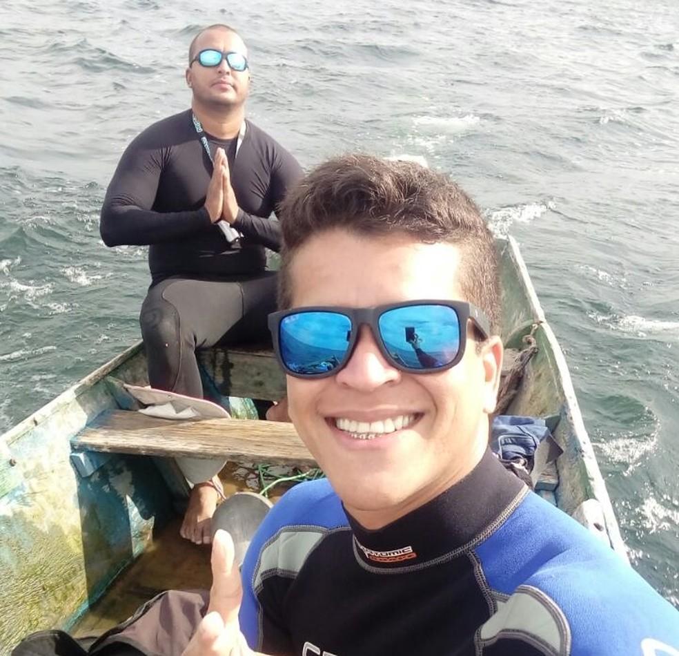 Samyr (esq.) e Fagner (dir.) antes de mergulharem no 'Velho Chico' (Foto: Samyr Oliveira/Arquivo pessoal)