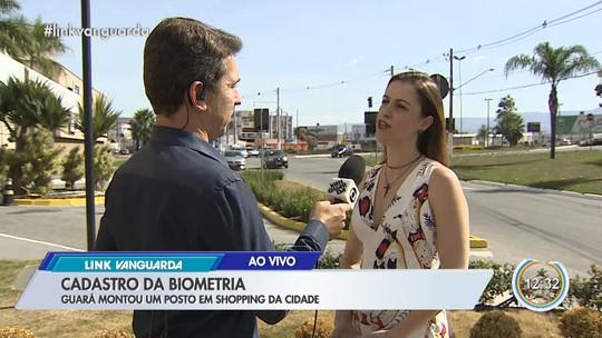 Cartório monta posto volante para cadastro biométrico em shopping em Guaratinguetá