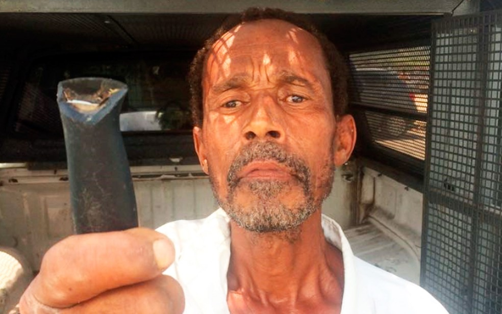 Idoso é preso horas após matar homem de 33 anos em Simões Filho (Foto: Ascom/Alberto Maraux)