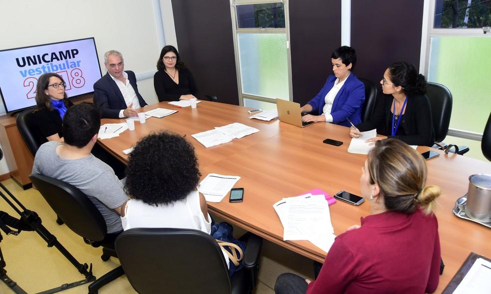 Comissão organizadora do exame (Comvest) do vestibular 2018 da Unicamp, em Campinas (SP) (Foto: Antonio Scarpinetti/Unicamp/Divulgação)