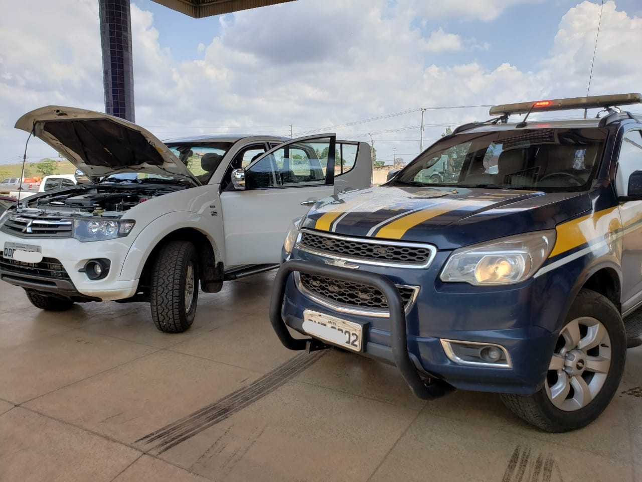 PRF recupera caminhonete roubada na BR-222 no Maranhão - Notícias - Plantão Diário