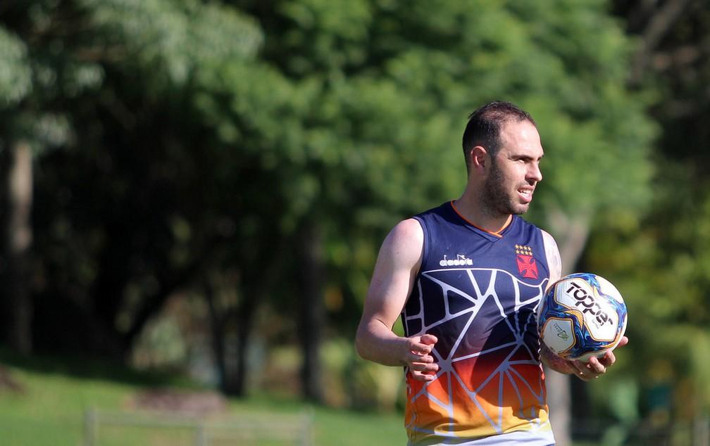Bruno César durante treino do Vasco — Foto: Carlos Gregório Jr. / Vasco