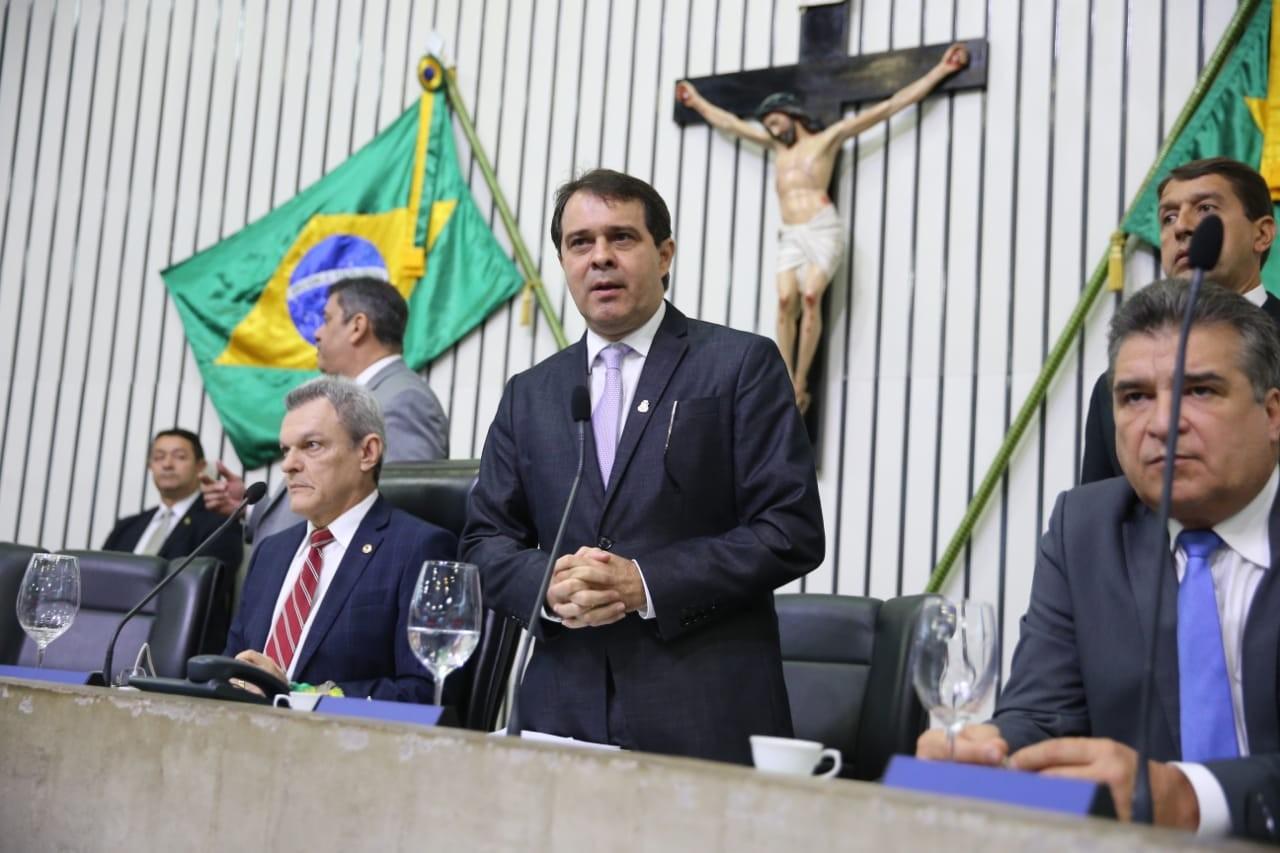 Presidente da Assembleia Legislativa Evandro Leitão assume governo do Ceará interinamente