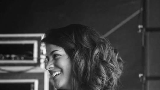 Larissa Viana fala da alegria em representar Petrópolis, RJ, no The Voice Brasil