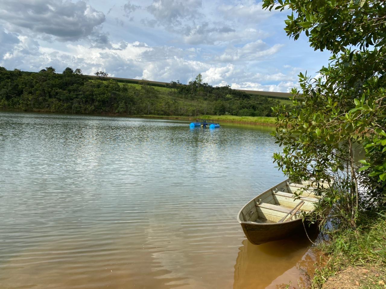Jovem mergulha para buscar balsa e morre afogado em represa de Patrocínio
