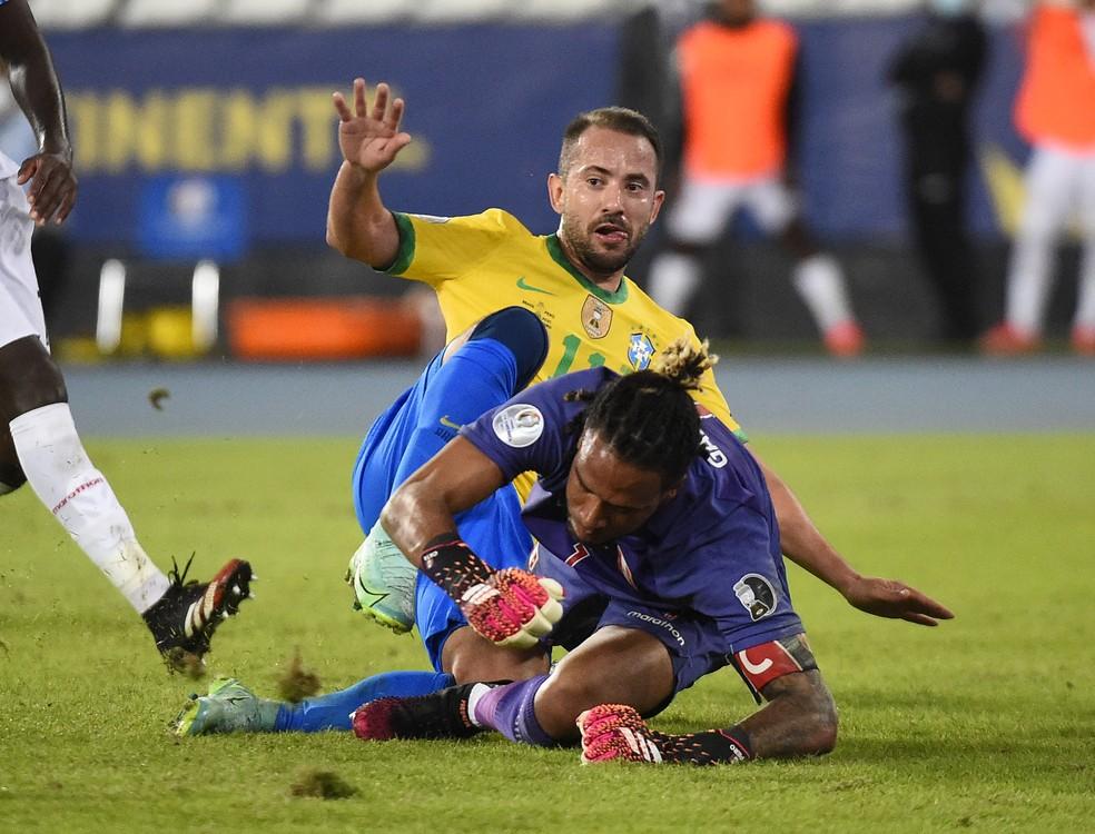 Everton Ribeiro, Brasil x Peru - Copa América 2021 — Foto: André Durão