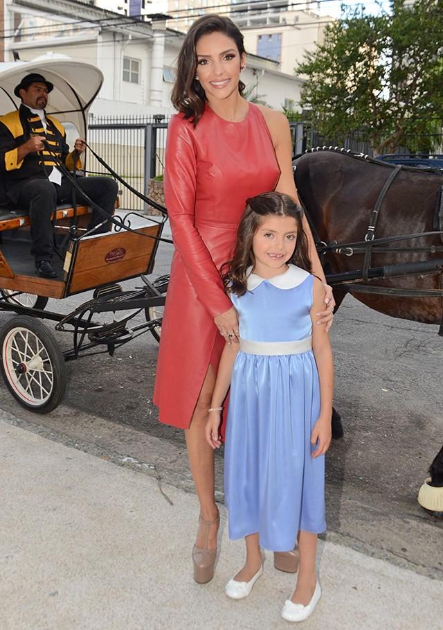 Carol Celico comemora aniversário da filha, Isabella (Foto: Eduardo Martins / Agnews)