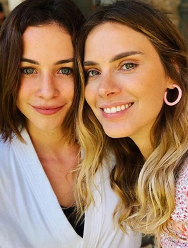 Laryssa Ayres e Carolina Dieckmann (Foto: Reprodução/Instagram)