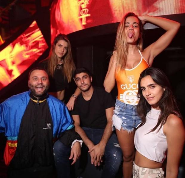 Dave Grutman, Valentina Ferrer, Thiago Magalhães, Anitta e Isabela Rangel (Foto: Reprodução / Instagram)