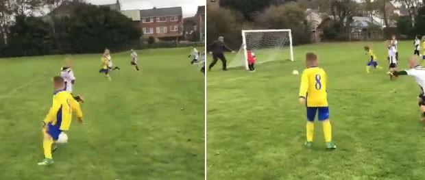 O pai quis salvar o filho no jogo de futebol (Foto: Reprodução/Twitter)