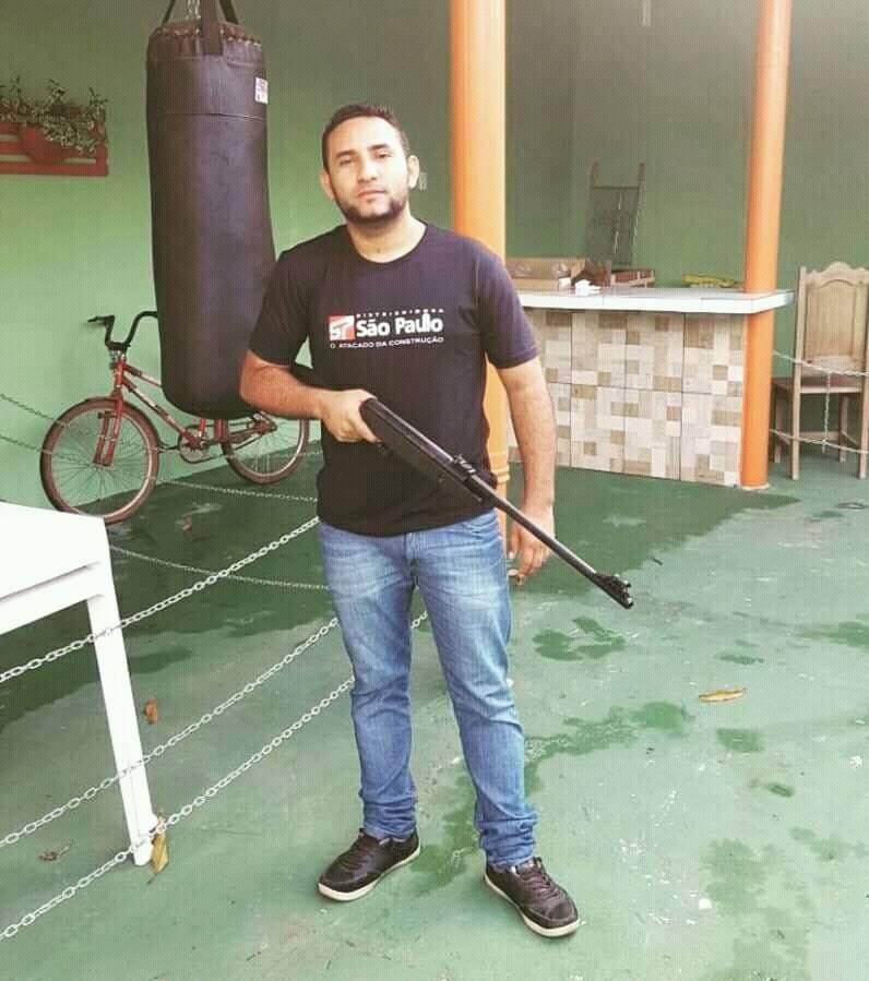 Ministério Público investiga candidato a conselheiro tutelar que publicou fotos armado no PA - Notícias - Plantão Diário