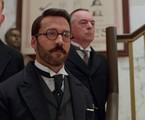 Jeremy Piven em cena de Mr. Selfridge | Divulgação