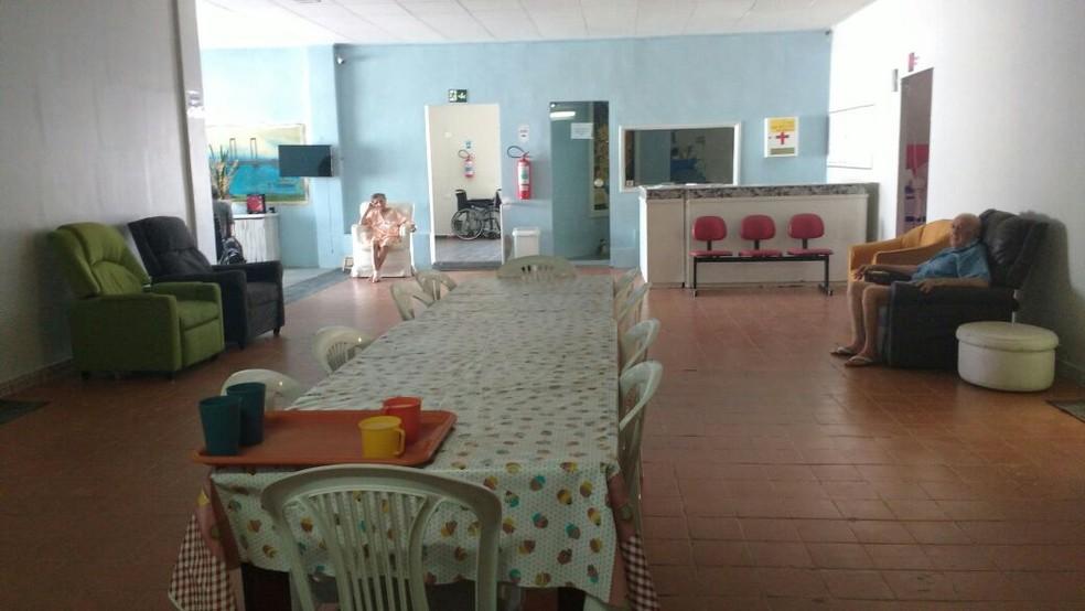 O Cantinho do Aconchego funciona em uma casa no bairro Palhinhas (Foto: Edvania do Nascimento / Arquivo pessoal )