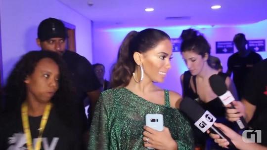 A um dia de lançar clipe, Anitta revela vídeo sem retoques