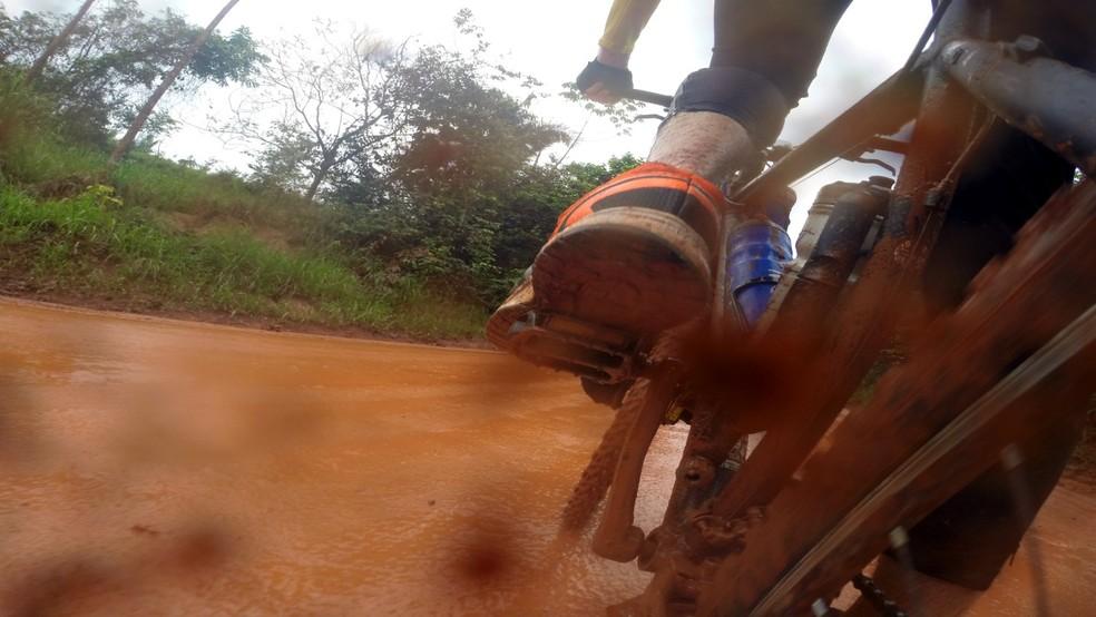 Marcio percorreu parte da Transamazônica durante a viagem de mais de 6,2 mil km de bike  — Foto: Marcio Francisco Martins / Arquivo pessoal