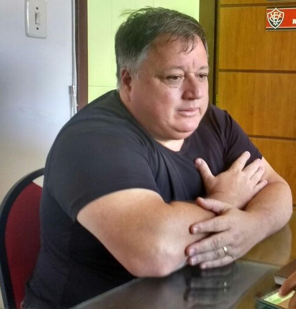 Anderson trabalhou recentemente em Vitória, Vasco e no próprio Botafogo (Foto: Thiago Pereira)