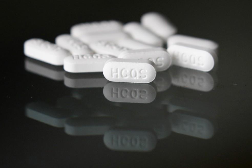 Foto mostra comprimidos de hidroxicloroquina, substância usada para tratar malária e algumas doenças autoimunes, como lúpus. — Foto: John Locher/AP
