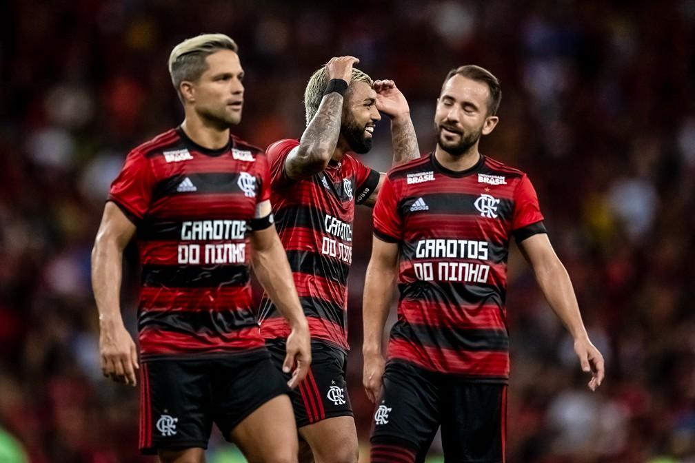 Diego, Gabigol, Éverton Ribeiro... Abelão precisa definir um time e apostar nele — Foto: Jorge R Jorge/BP Filmes