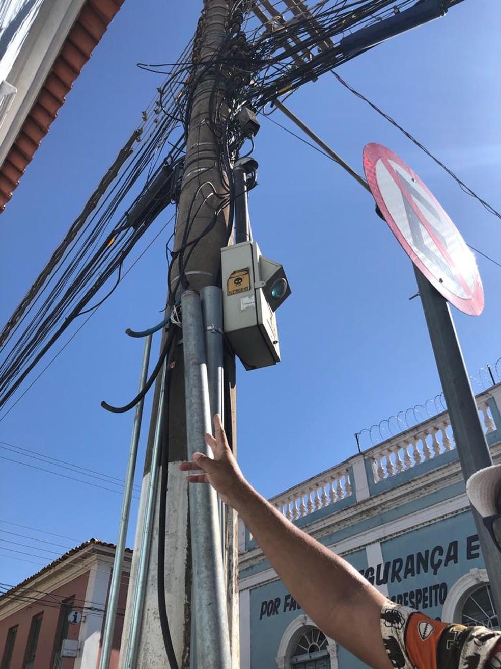 Fios de energia foram furtados — Foto: Eunice Ramos/TVCA