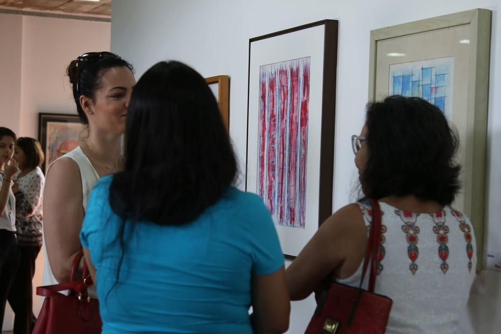 """Exposição """"Multiplicidades – Mulher em Arte e Vida""""  está em cartaz no Centro Cultural Belchior.  (Foto: Jordênia Custódio/Divulgação)"""