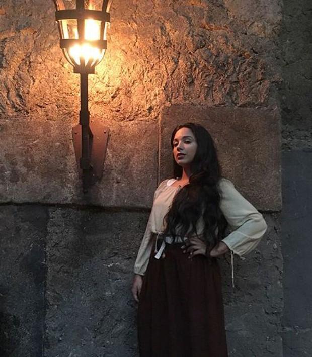 Taísa Gomes dublê de Bruna Marquezine  (Foto: Reprodução/Instagram)