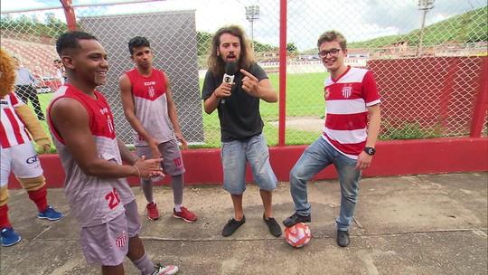 """Torcedor """"corneteiro"""" do Villa Nova lamenta rebaixamento do time e critica gestão da diretoria"""