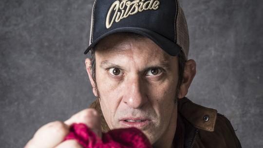 Milhem Cortaz comenta cena de Machado despido à força: 'momento de liberdade'